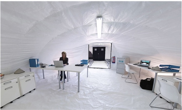 In test conditions the inflatable canvas shelter was able to be erected by two people without any training in under an hour. Once the concrete hardens ... & INFLATABLE TENT TURNS INTO CONCRETE WITH WATER | New York